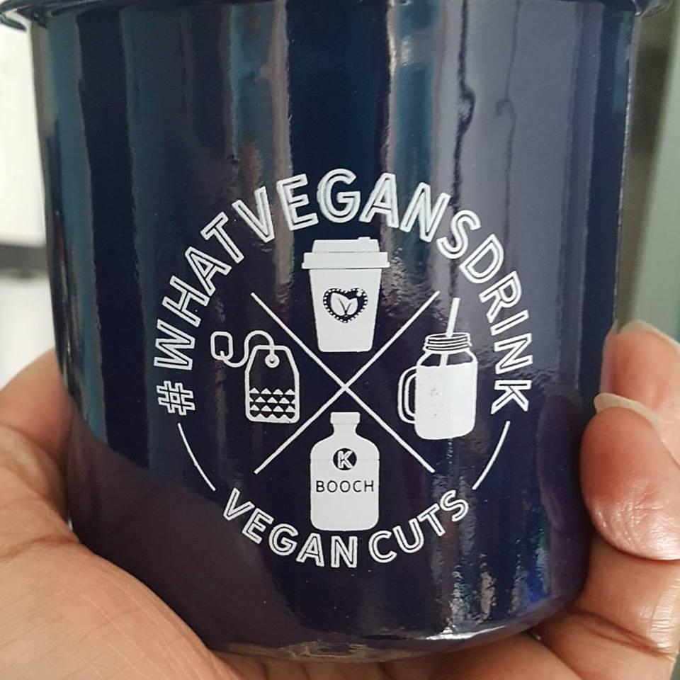 v cuts mug